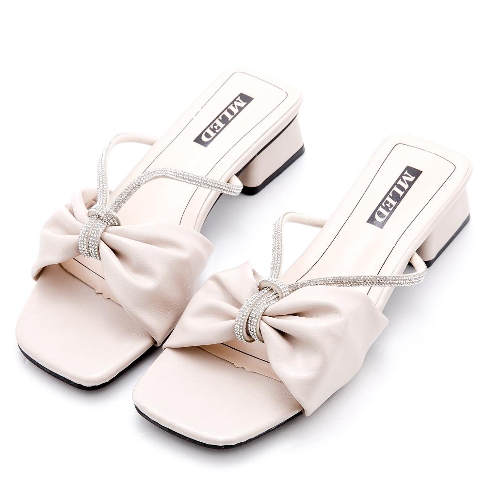 River&Moon涼鞋 寬版軟皮朵結鍊鑽方頭低跟拖鞋 米