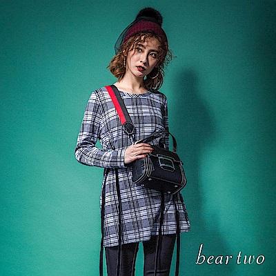 beartwo 英倫風格紋腰肩綁帶創意造型上衣(二色)