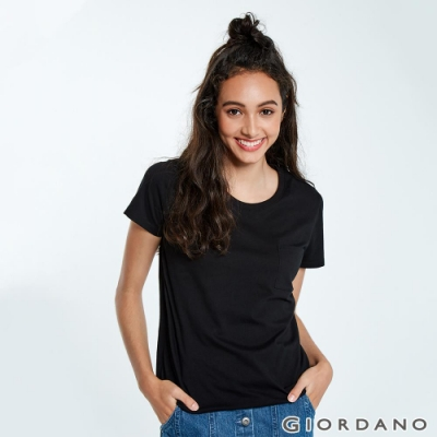 GIORDANO 女裝寬版素色圓領口袋T恤-09 標誌黑