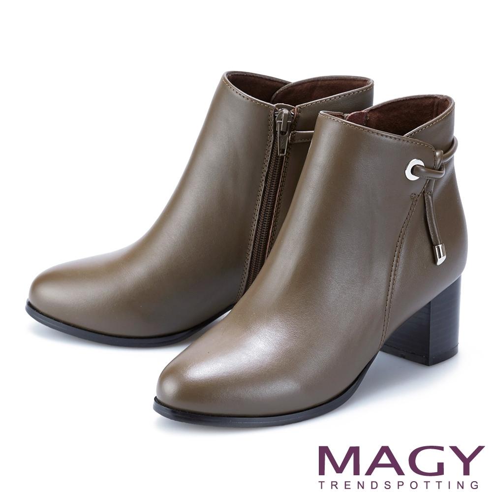 MAGY 側邊繫繩金屬真皮中跟 女 短靴 綠色