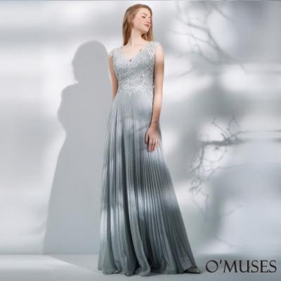 OMUSES 重工V領蕾絲刺繡百褶長禮服