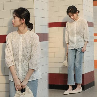 【韓國K.W.】(預購)韓新品輕薄蕾絲透膚上衣-1色