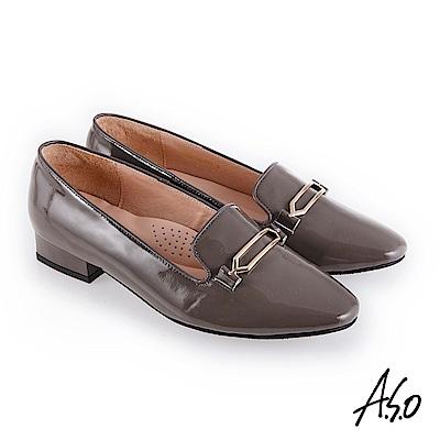 A.S.O 新式復古 嚴選鏡面羊皮金釦裝飾低跟鞋 灰