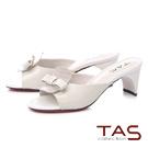 TAS蝴蝶結拼接石紋造型後跟涼拖鞋-簡約米
