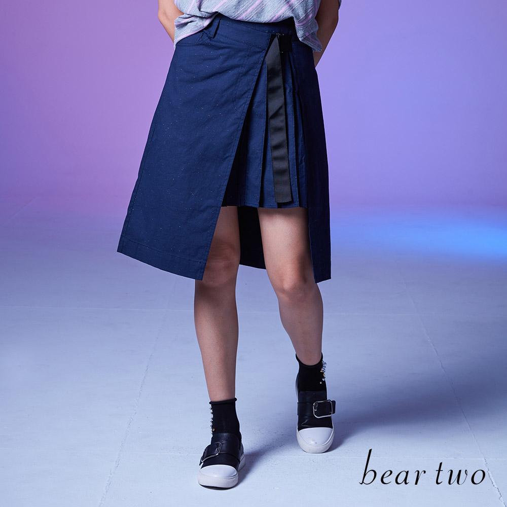 beartwo 時尚不對稱半百摺A字裙(深藍色)