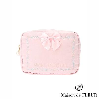 Maison de FLEUR  甜美花朵刺繡蝴蝶結方型化妝包