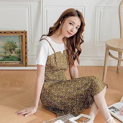 細肩帶氣質小碎花荷葉裙襬拼接純色高棉假兩件洋裝-OB大尺碼