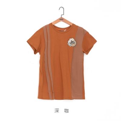 gozo 雪紡拼接趣味別針上衣(深咖)
