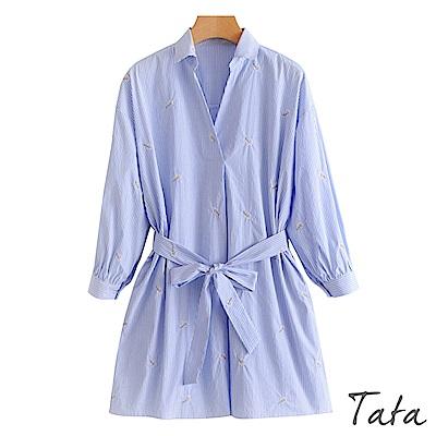 寬鬆長版刺繡條紋開叉上衣(配腰帶)TATA