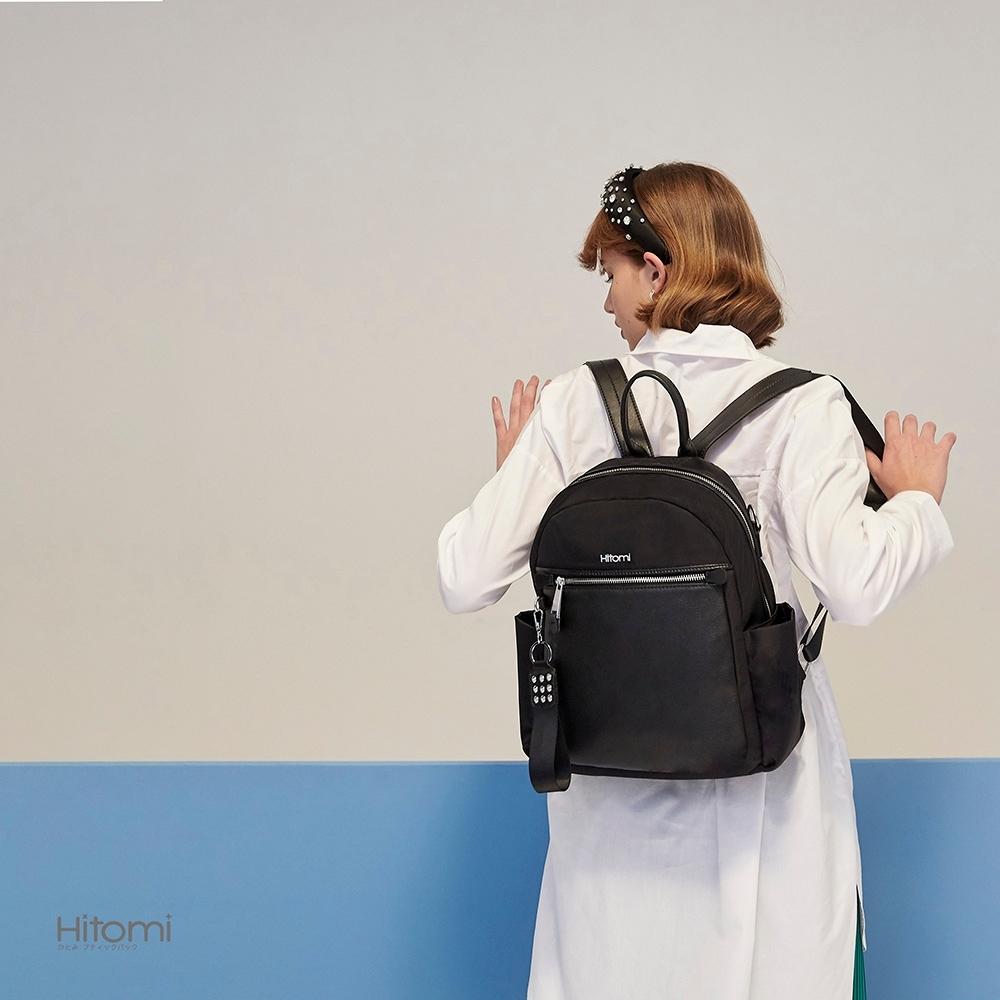 【Hitomi】個性鉚釘兩用多隔層後背包(雋永黑32109BK)