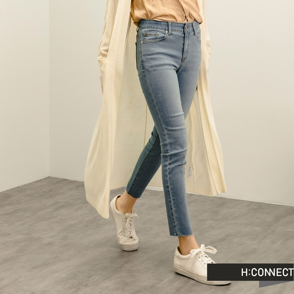 H:CONNECT 韓國品牌 女裝 -自然水洗微彈Skinny牛仔褲-淺藍色