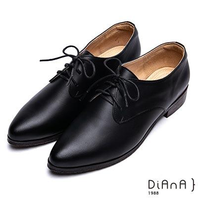 DIANA 漫步雲端厚切焦糖美人-英倫時尚質感素雅綁帶休閒鞋-黑