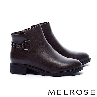短靴 MELROSE 簡約率性圓釦繫帶粗低跟短靴-咖