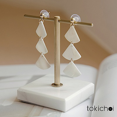 東京著衣 氣質幾何三角形貝殼耳針式耳環(共一色)