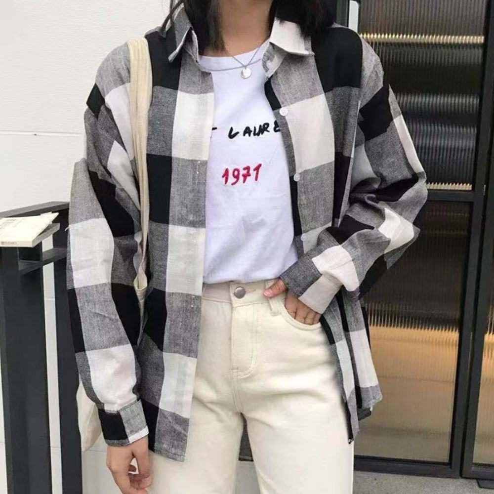La Belleza大格子開釦棉麻前短後長襯衫