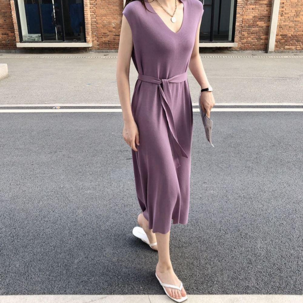 La Belleza素色V領捲邊領附綁帶前短後長針織背心洋裝