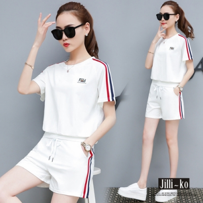 JILLI-KO 時尚百搭運動兩件式休閒套裝 (短T+短褲)- 黑/白
