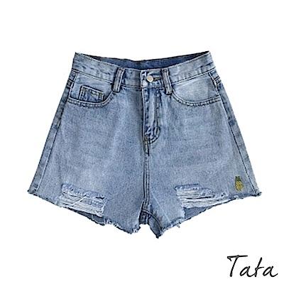 刷破鳳梨刺繡牛仔短褲 TATA