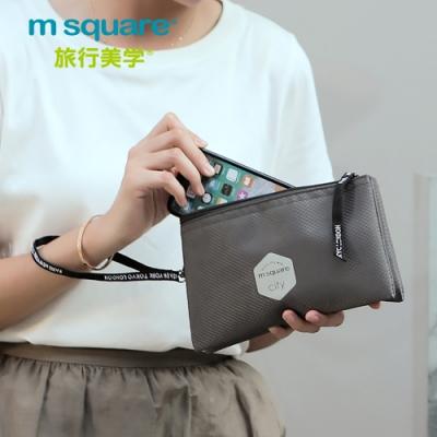 m square三層菱格紋拉練手拿包