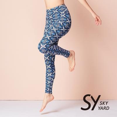 【SKY YARD 天空花園】熱銷-輕度機能彈力經典運動九分褲-幾何藍