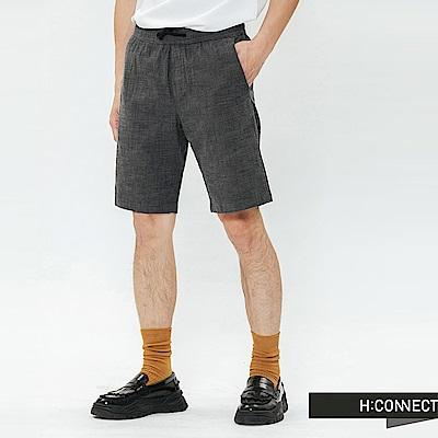 H:CONNECT 韓國品牌 男裝-格紋抽繩休閒短褲-深灰