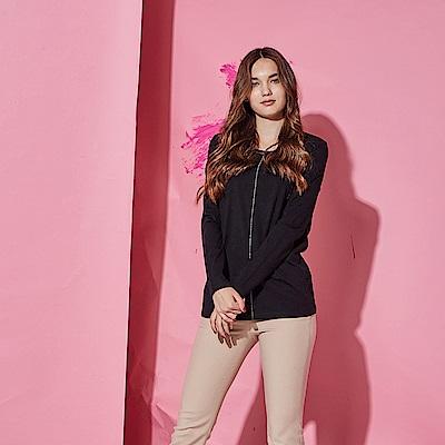 Chaber巧帛 簡約俐落棉製立體銀珠裝飾長袖造型上衣-黑(共2色)