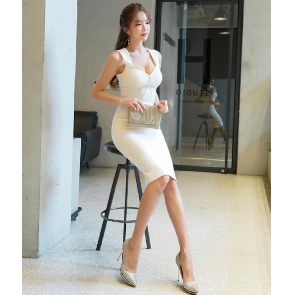 IMStyle 性感修身包臀連身洋裝(米白色)