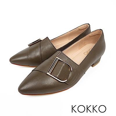 KOKKO - 泰晤士河畔尖頭環扣真皮平底鞋-橄欖色
