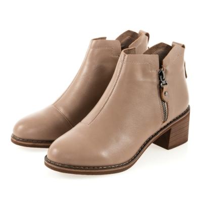 JMS-時尚美型素面造型雙拉鍊短靴-駝色