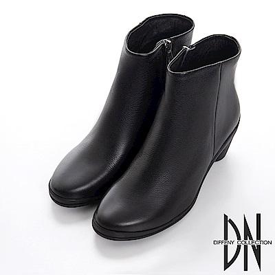 DN 都會女子 質感牛皮平口素面跟靴-黑