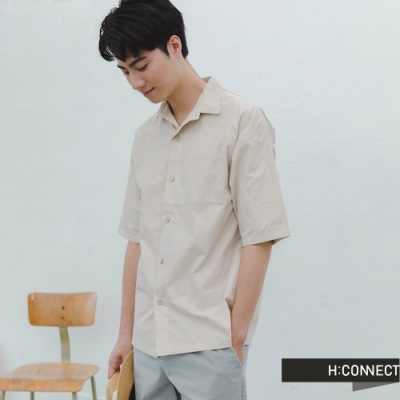 H:CONNECT 韓國品牌 男裝 -純色素面排扣短袖襯衫-卡其