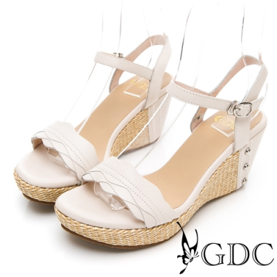 GDC-真皮波浪紋夏日草編一字楔型涼鞋-米色