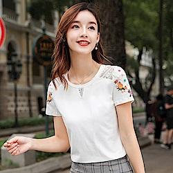 初色  休閒鏤空蕾絲T恤-白色-(M-2XL可選)
