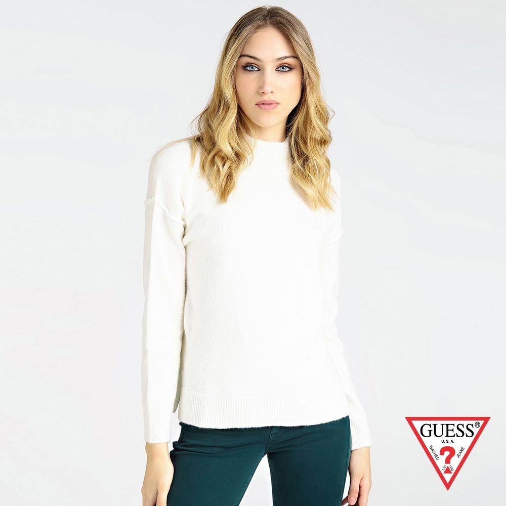 GUESS-女裝-落肩高領針織長袖上衣-白 原價2990