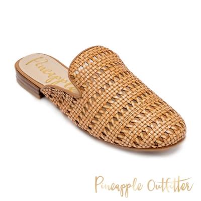 Pineapple Outfitter-HADIA 經典款素色編織平底穆勒鞋-卡其色