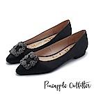 Pineapple Outfitter 璀璨名媛 方鑽飾釦尖頭低跟鞋-黑色