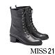 短靴 MISS 21 都會中性美綁帶側拉鍊粗跟短靴-黑 product thumbnail 1