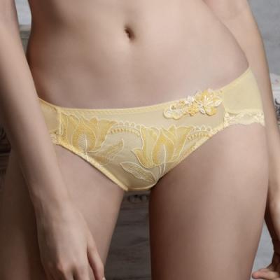 莎露- 歡慶 M-LL 中低腰三角褲(黃)奢華蕾絲-透氣包臀