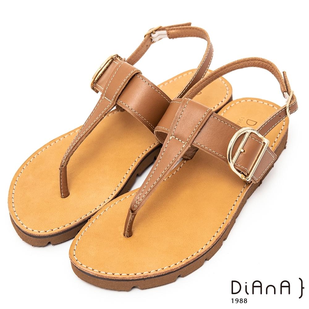 DIANA真皮金屬D字釦可調繫帶平底夾腳涼鞋裝飾-異國風情-棕
