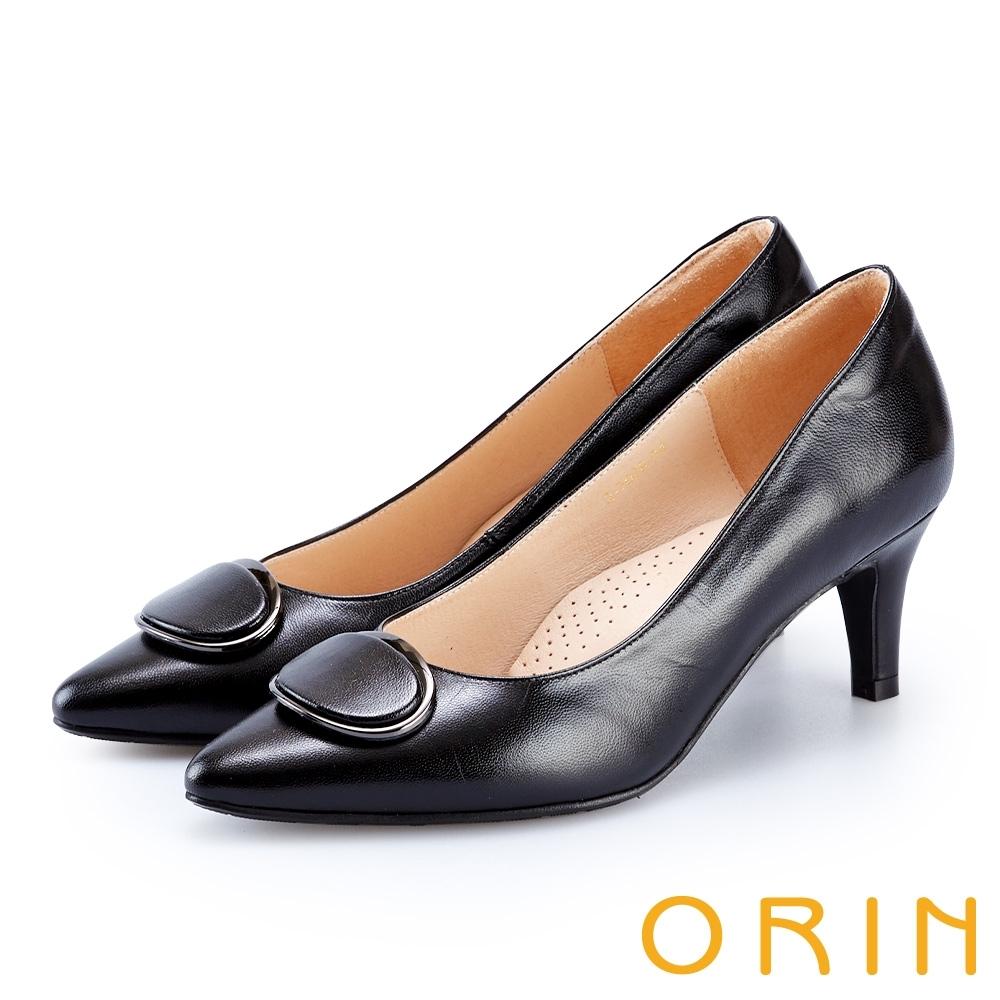 ORIN 橢圓金屬釦環羊皮高跟鞋 黑色