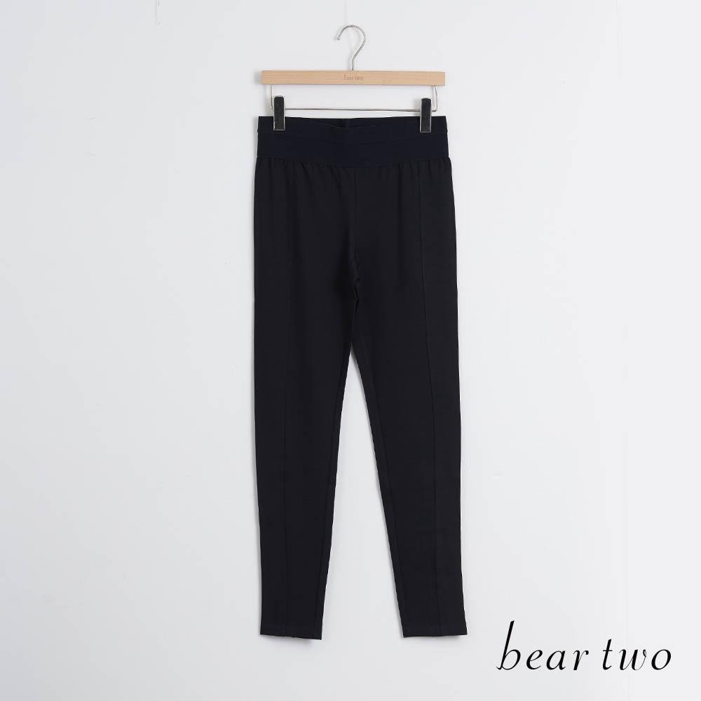 bear two- 時尚英字內搭褲-黑