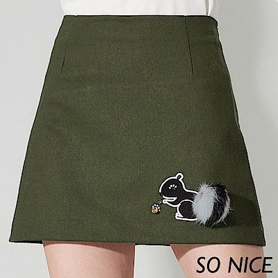 SO NICE俏麗松鼠刺繡仿毛呢短裙
