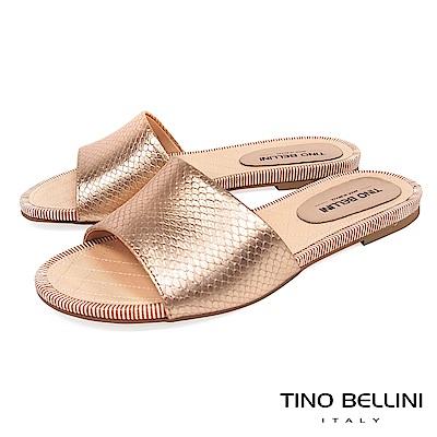 Tino Bellini 巴西進口寬帶光澤蛇紋平底涼拖鞋 _ 玫瑰金