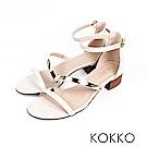 KOKKO- 女神降臨金屬曲線一字帶粗跟涼鞋-荔枝白