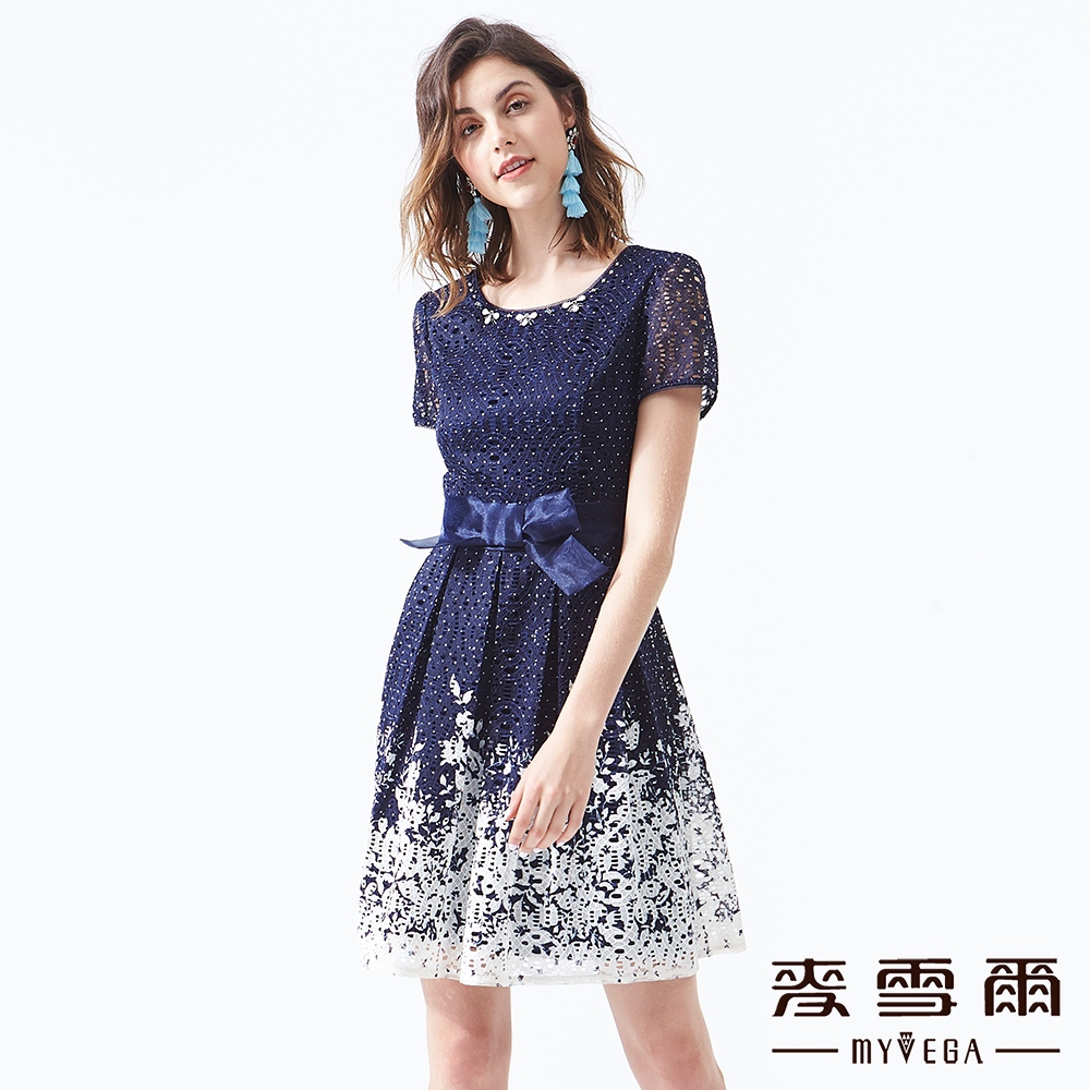 【麥雪爾】典雅下擺印花刺繡短洋裝