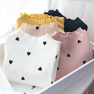 小衣衫童裝   滿版愛心印花長袖螺紋內搭上衣1070918