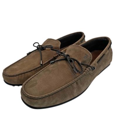 TOD'S 經典麂皮綁帶手工豆豆鞋(棕)