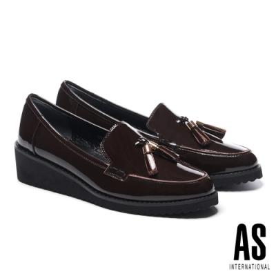 高跟鞋 AS 金屬釦流蘇造型牛漆皮樂福楔型高跟鞋-紅