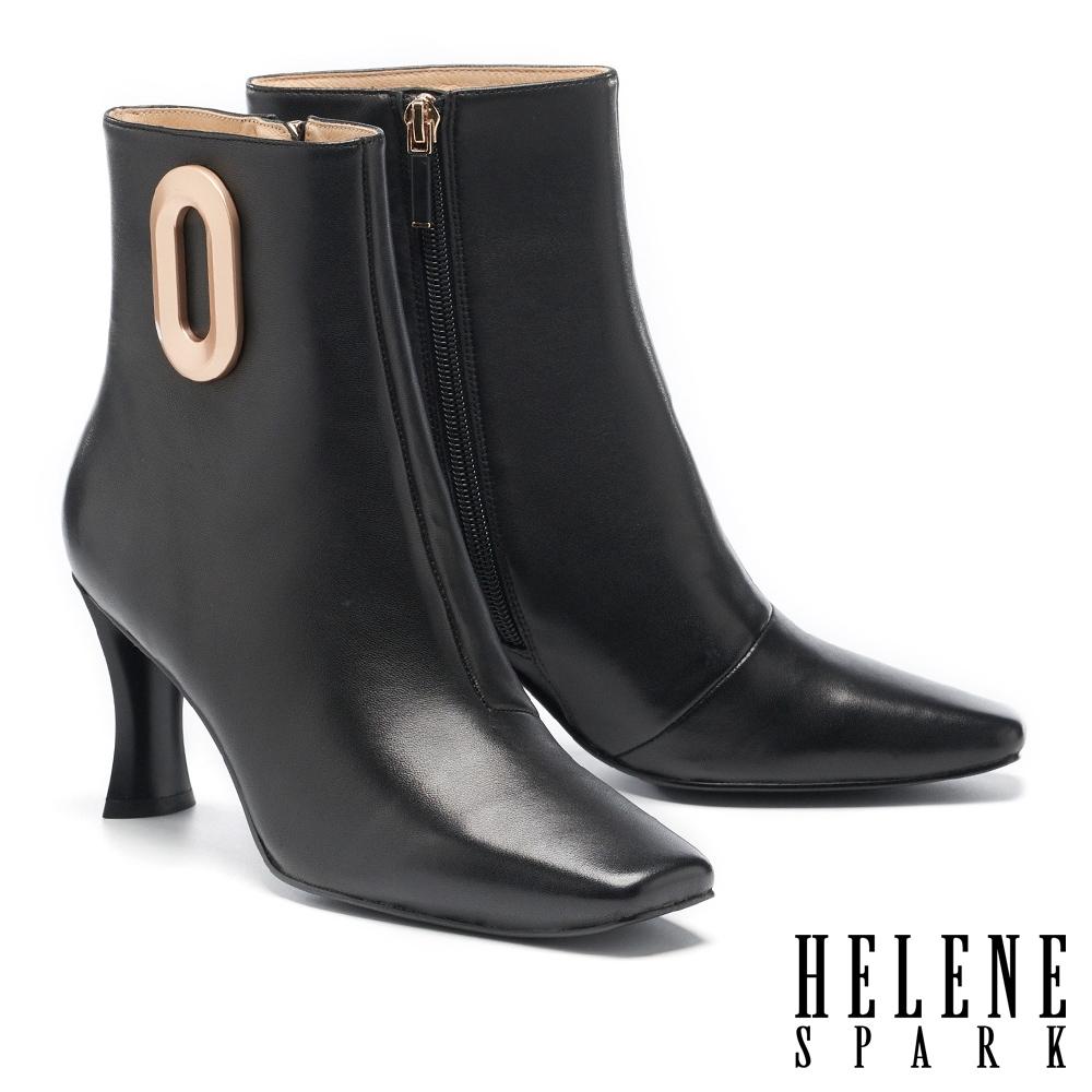 短靴 HELENE SPARK 懷舊未來摩登啞光金釦方頭高跟短靴-黑