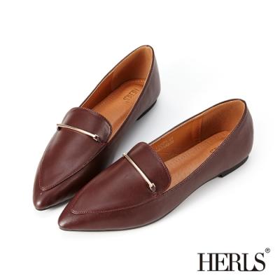 HERLS樂福鞋-一字金屬釦鐶尖頭平底鞋樂福鞋-紅棕色